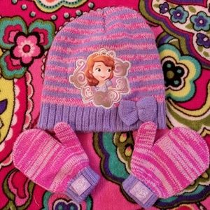 Girls Sofia The First winter hat and Gloves